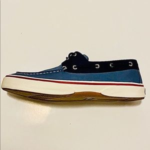 Men's Sperry Halyard 2 Eye Chambray Boat Shoes